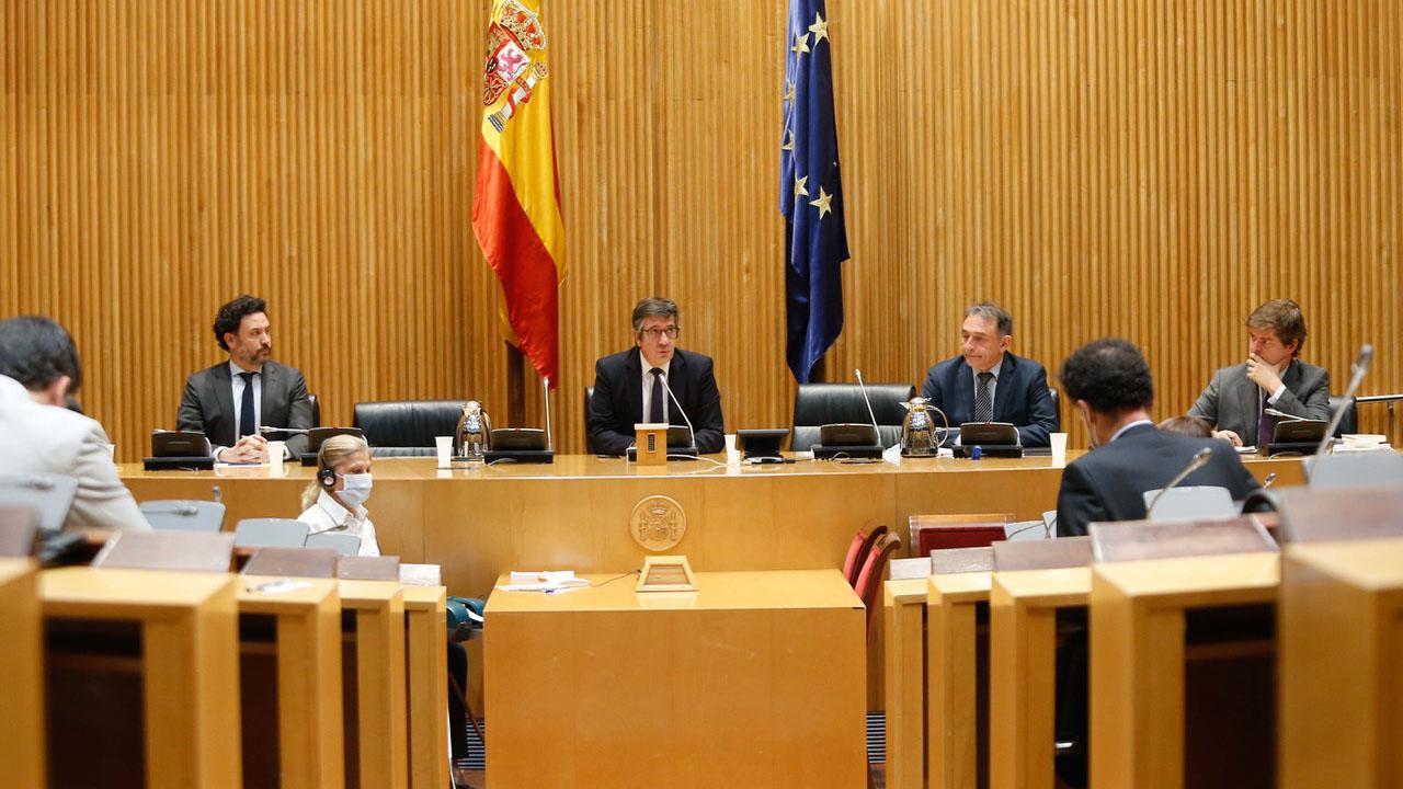 Presidente de la comisión para la reconstrucción